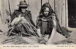 Meri Meri , Basket Making By Maoris , New Zealand - Nouvelle-Zélande