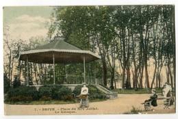 CPA 19 , BRIVE N° 7 , Place Du XIV Juillet , Le Kiosque - Brive La Gaillarde