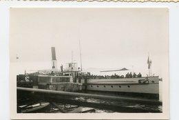 Bateau Boat à Situer Identifier Paquebot Cheminée 1949 - Boten