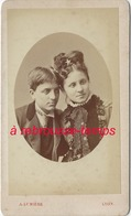Jolie CDV Vers 1873-frère Et Soeur, Tendre Complicité-Photo A. Lumière à Lyon - Fotos