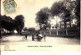 77 . Seine Et Marne .  Combs La Ville . Place De La Gare . - Combs La Ville