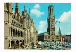Grand Place Et Beffoi.OLdtimer.Autos (Camionnette VW,Camion REnault,...) - Brugge