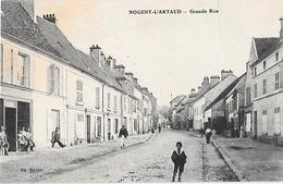 NOGENT-l'ARTAUD -- Grande Rue - France