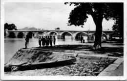 33 LIBOURNE - La Dordogne Vers Le Grand Pont - Libourne