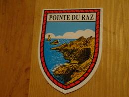 Blason écusson Adhésif Autocollant Pointe Du Raz Paysage (Finistère) - Obj. 'Souvenir De'