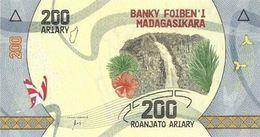 MADAGASCAR 200 ARIARY ND (2017) P-98a UNC  [MG333a] - Madagascar