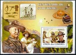 NB - [35757]BL - Union Des Comores - Centenaires Du Scoutisme - Robert Baden-Powel - Olave Baden-Powel - Comores (1975-...)