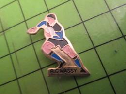 911C Pin's Pins /  Rare & De Belle Qualité : THEME SPORTS / RUGBY CLUB DE MASSY - Rugby