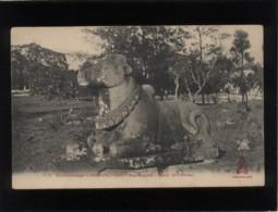 Ex-cambodge Angkor-thom Boeufs Sacré Nandi Art Khmer édit. Dieulefils N° 1779 - Cambodia