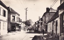 LA BONNEVILLE  -  RUE JEAN MARECHAL ET LE TABAC - France