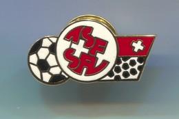 FOOTBALL / SOCCER / FUTBOL / CALCIO - SWITZERLAND  FEDERATION ASSOCIATION, Enamel Pin, Badge, Abzeichen - Football