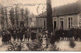 Cpa 79   NIORT  ECOLE Institution Saint  Andre  La Cour De Recreation - Niort