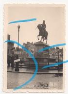 WW2 Allemands Luftwaffe Dvt Statue Jeanne D'Arc Place Du Martroi & Ruines à ORLEANS Loiret 1940 - 1939-45