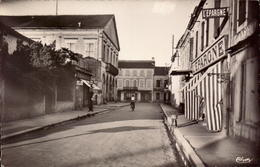 Hautes Pyrenees, Maubourguet, L Hotel De Ville     (bon Etat) - Maubourguet