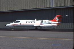 SLIDE / AVION / AIRCRAFT   ORIGINAL REGA  LEAR JET 35A   HB-VEM - Diapositives