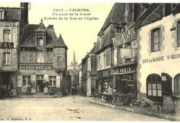 CPA N°24786 - PAIMPOL - UN COIN DE LA PLACE - ENTREE DE LA RUE DE L' EGLISE - REPRODUCTION - Paimpol
