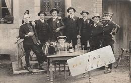 NOVILLARD - Conscrits De 1913  Avec Leur Bon Souvenir De La Fête De .....    ( Carte-photo )     Rare - France