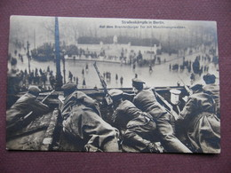 CPA PHOTO 1929 STRASSENKAMPFE IN BERLIN Auf Dem Brandenburger Tor Mit Maschinengewehren SELTEN COMBAT COMMUNISTES NAZIS - Deutschland