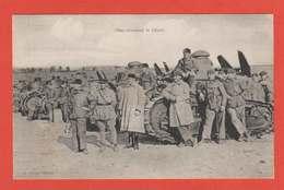 Chars Attendant Le Départ Tanks Beau Plan Tankiste Et Couteau De Tranchée Trench Knife Blindés éditeur Nieps - Véhicules