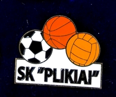 Football Pins  -  S.K.  PLIKIAI (1998-2002)  - Lithuania. - Football