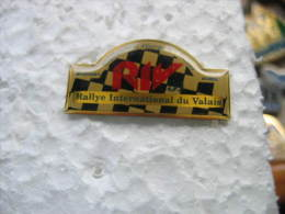 Pin's RIV (Rallye Internationnal Du VALAIS). Championnat D'Europe Des Rallyes, Martigny Suisse - Rallye