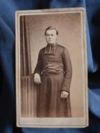 Photo CDV Lebeau & Lumière à Besancon  Curé, Abbé, Religieux  Second Empire  CA 1865-70 - L413 - Anciennes (Av. 1900)