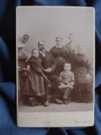 Photo Cabinet L. Yrondy à Fougères - Groupe Familiale, Couple Avec Leurs Enfants, Coiffe Régionale Circa 1895 L412 - Anciennes (Av. 1900)