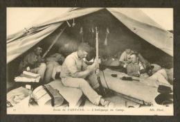 CP-Ecole De SAINT-CYR - L'Astiquage Au Camp - Guerra 1914-18