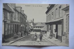 DOZULE -la Rue Du Haras-animee - France