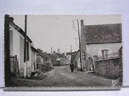 72 - SAINT CORNEILLE - L'ENTREE DU BOURG EN VENANT DE MONTFORT LE ROTROU - ANIMEE - ETAT NEUF - Autres Communes