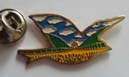 Pin's Animaux Oiseau Mouette Paysage - Animals