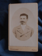 Photo CDV Andouard Rue Oberkampf Paris  Portrait Homme  Belle Moustache  CA 1890 - L403A - Anciennes (Av. 1900)