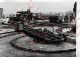 Train - Locomotive - Photo Argentique - Dépôt Se Montluçon - Trenes