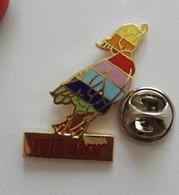 Pin's  Logo Oiseau Canard Télé Star  EGF - Autres