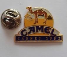 Pin's  Logo Camel Cannes 1992 Cigarette  EGF - Autres