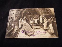 Moet Et Chandon Rangement Des Vins En Bouteilles Tampon Moto Touriste Caves De La Craffe Nancy - Publicité