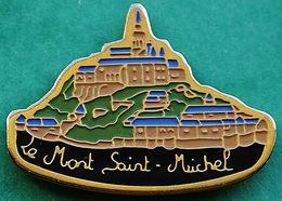 HH  520....ECUSSON......MONT SAINT MICHEL.........département De La Manche En Normandie. - Villes