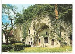 Les Merveilles Du Val De Loire En Touraine  ( Maison Troglodyte ) - Centre-Val De Loire