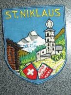 ECUSSON TOURISTIQUE TISSUS  ST NIKLAUS - Patches