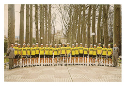 CARTE CYCLISME GROUPE TEAM KAS 1977 FORMAT 19 X 29 - Radsport
