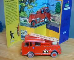 VOITURE LE CAMION DES POMPIERS DENNIS F 101 DE 1955, 1/43, Tintin Et L'Ile Noire - Kuifje