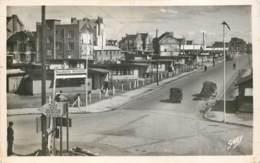 44 - SAINT NAZAIRE - Rue Henri Gaultier Et Place Carnot En 1950 (cpsm 9x14) - Saint Nazaire