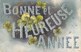 ILLUSTREE RELIEF BONNE ET HEUREUSE ANNEE FLEURS TREFLES CROISSANT DE LUNE KF 7757 - Nouvel An