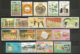 Années 1987-1988, 4 Séries.  18 Timbres Neufs **  Côte 40,00 Euro - Nauru