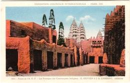 LOT 3 CPA PARIS. EXPOSITION COLONIALE INTERNATIONALE. PALAIS DE L'A. O. F.. L'ENSEMBLE DE LA SECTION A. O. F.. MISSIONS - Ausstellungen
