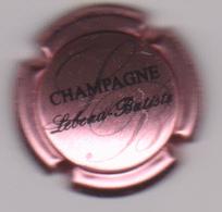 Capsule Champagne BLIARD_MORISET ( Nr , Hirondelle En Relief , Fond Rose ) {S51-18} - Champagne
