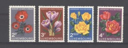 06977  - Luxembourg  :  Yv  506-09  **      Fleur - Flower - Luxembourg