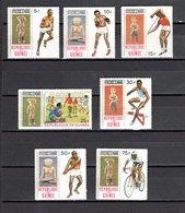 GUINEE N° 373 à 379  NEUFS SANS CHARNIERE COTE 4.00€  JEUX OLYMPIQUES  MEXICO - Guinée (1958-...)