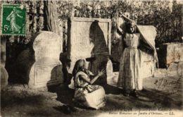 CPA LL Scenes Et Types- Jeunes Filles Kabyles&Ruines Romaines ALGERIE (793559) - Algérie