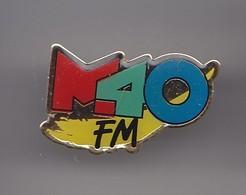 Pin's Médias M40 FM Réf 5753 - Medias